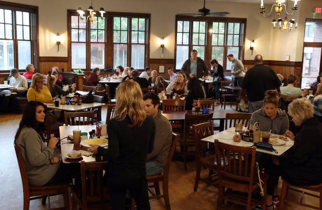 Customers fill the Pancake Pantry on Oct. 15. The popular Hillsboro Village restaurant has taken steps to reduce wait times.