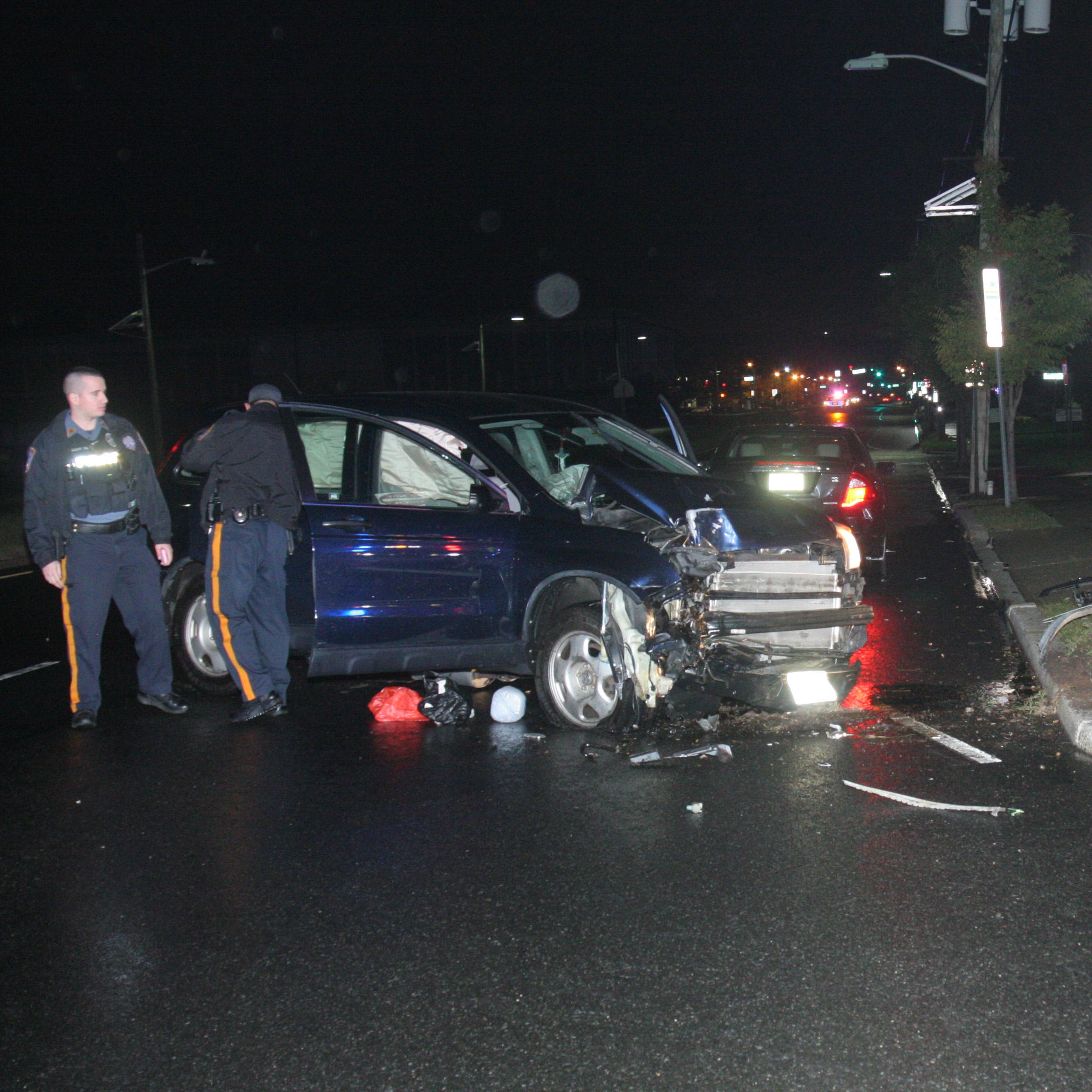 Fair Lawn: Three people sent to hospital after crashing into electric pole