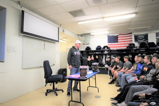 Jim Kelly, 2002 NFL Hall of Fame recipient visits Ruidoso High School