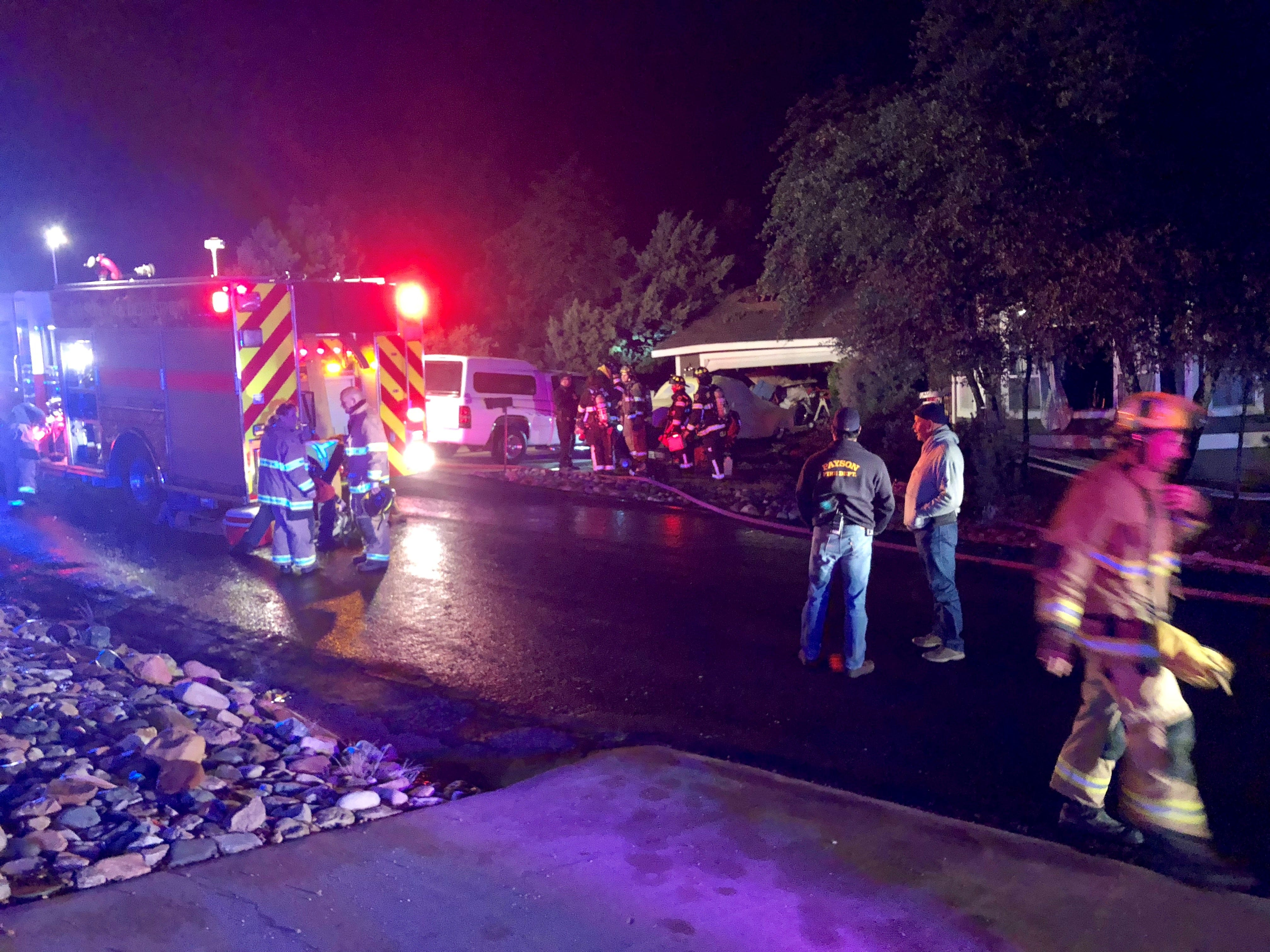2 on small plane killed as it crashes into Payson house; man inside home unhurt | Arizona Central