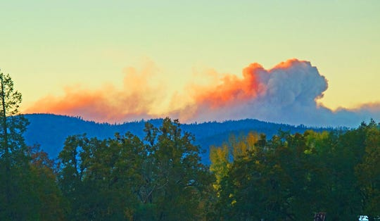 The Klondike Fire roared to life Sunday afternoon.