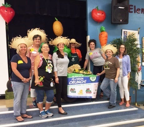 The Martin County School District's Food & Nutrition Services staff partnered with staff from the University of Florida's IFAS Extension office and Ground Floor Farms to put on a fun, nutrition-filled event at Port Salerno Elementary this week.