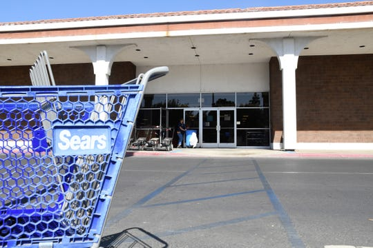Visalia Sears is one of more than 100 Sears and Kmart locations set to close by the end of the year.