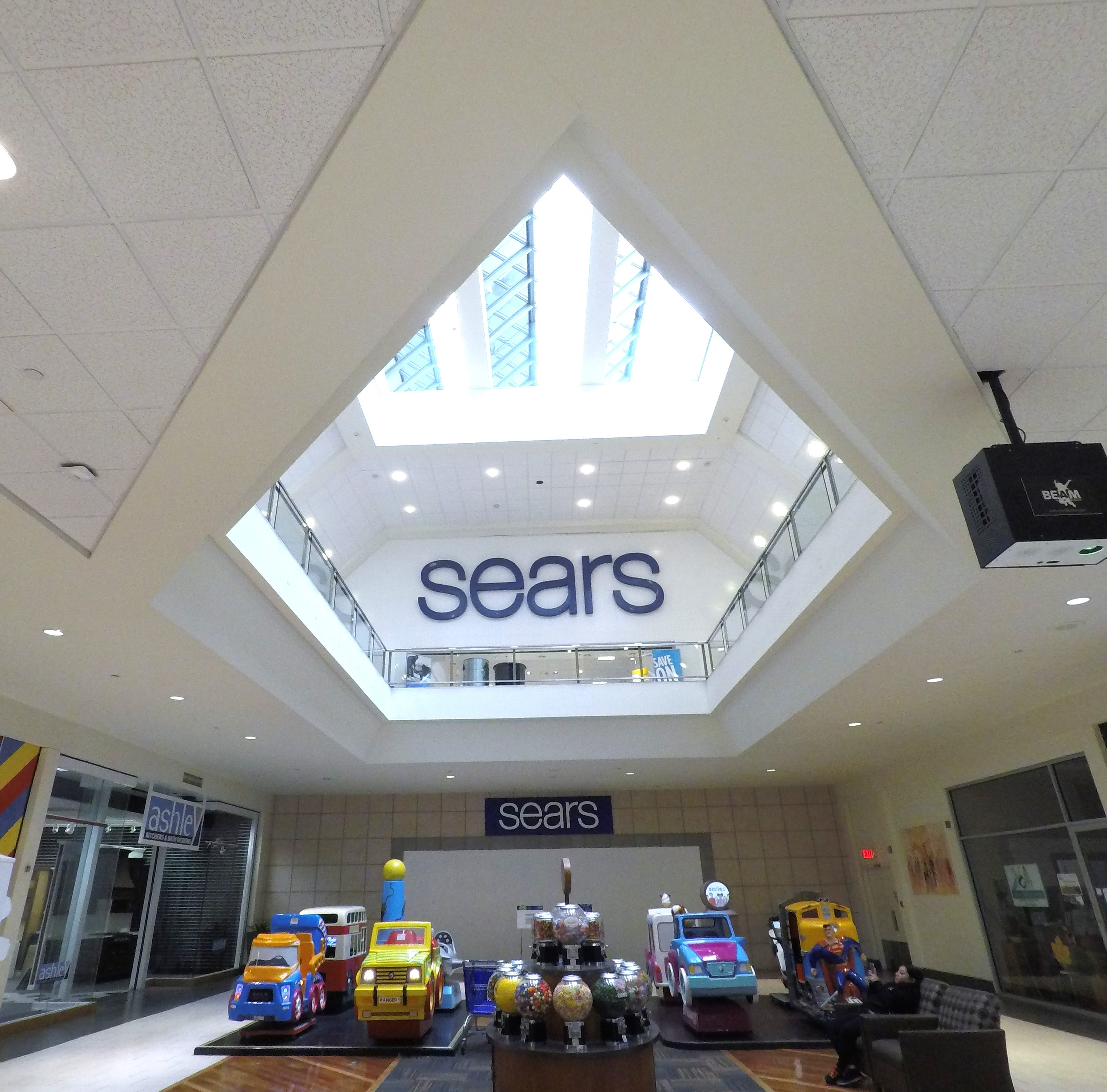 Sears at the Jefferson Valley Mall on Oct. 15, 2018.