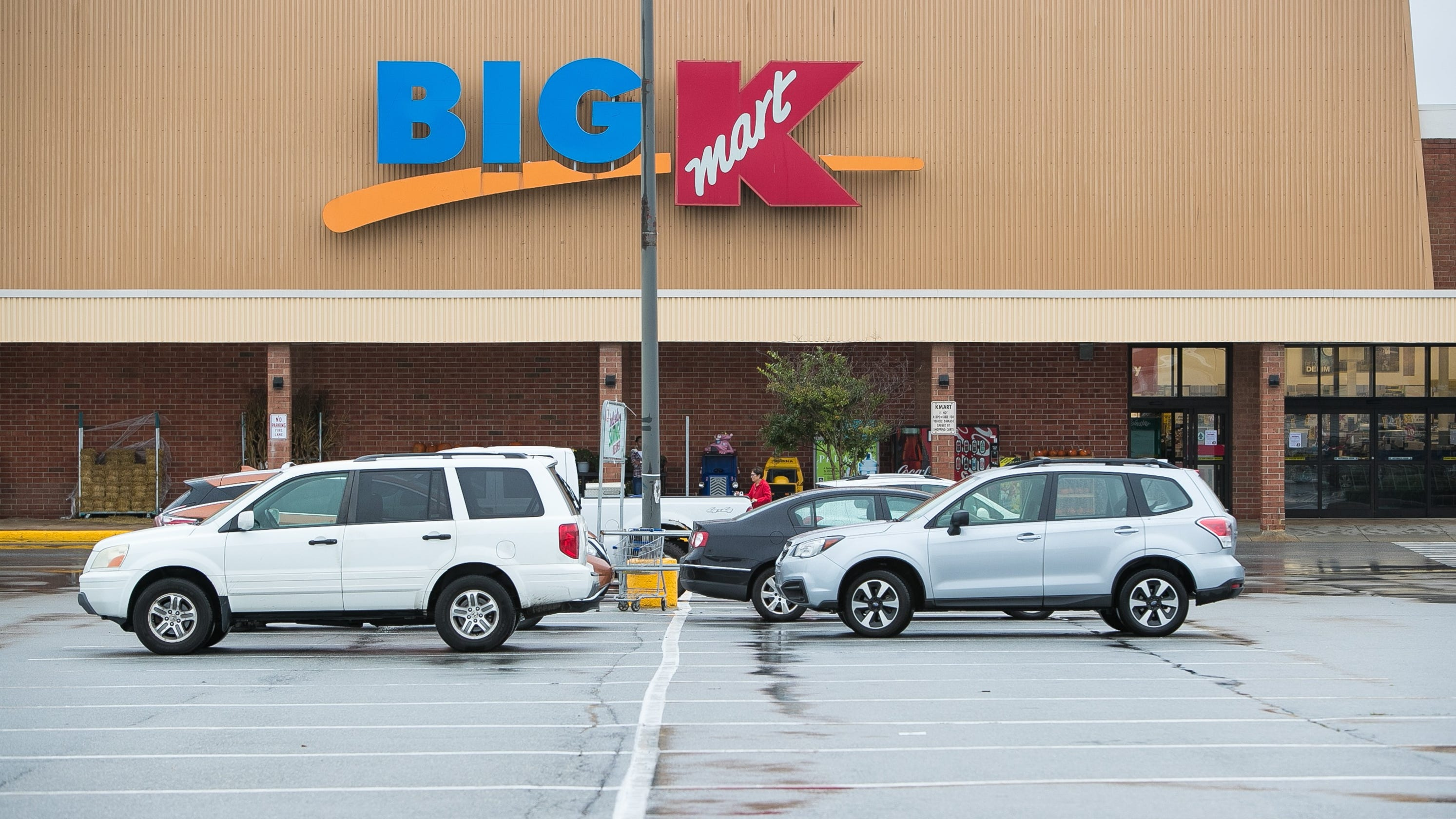 5a3a0c4dbb7 Three more Kmart stores to close in Iowa