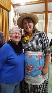 Susan joins PBS star of Around the Farm Table, Inga Witscher.