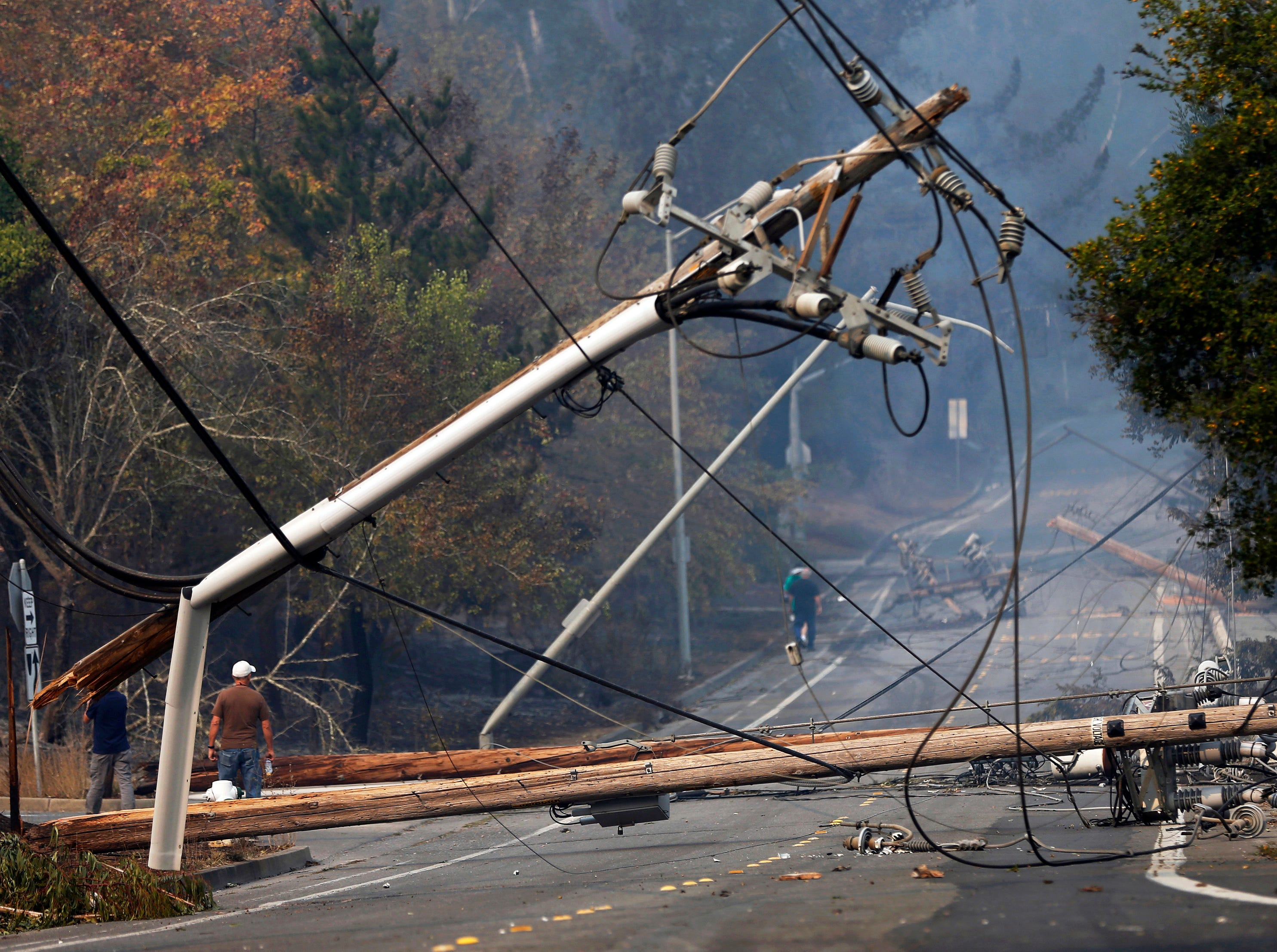 Risk of wildfires is so bad in Northern California, PG&E voluntarily shut off customers' power