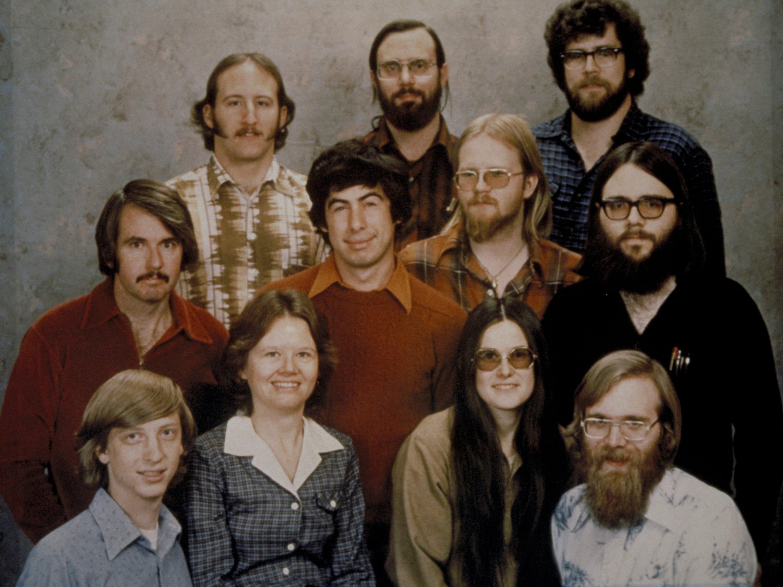 The Albuquerque group, taken December 7, 1978:  top row:  Steve Wood, Bob Wallace, Jim Lane.  Second row:  Bob O'Rear, Bob Greenberg, Marc McDonald, Gordon Letwin.  Front row:  Bill Gates Andrea Lewis, Marla Wood, Paul Allen.