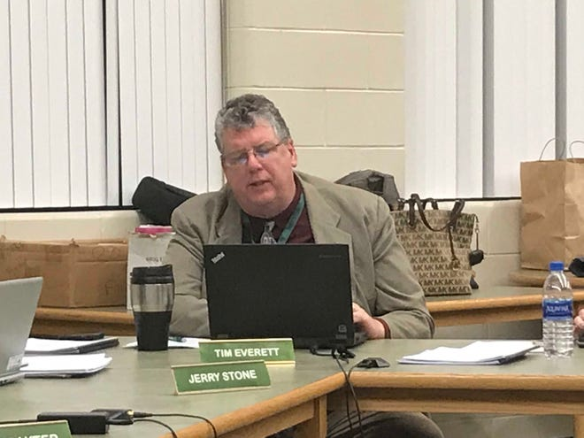 Pennfield Schools Superintendent Tim Everett makes a point during Monday's board meeting.