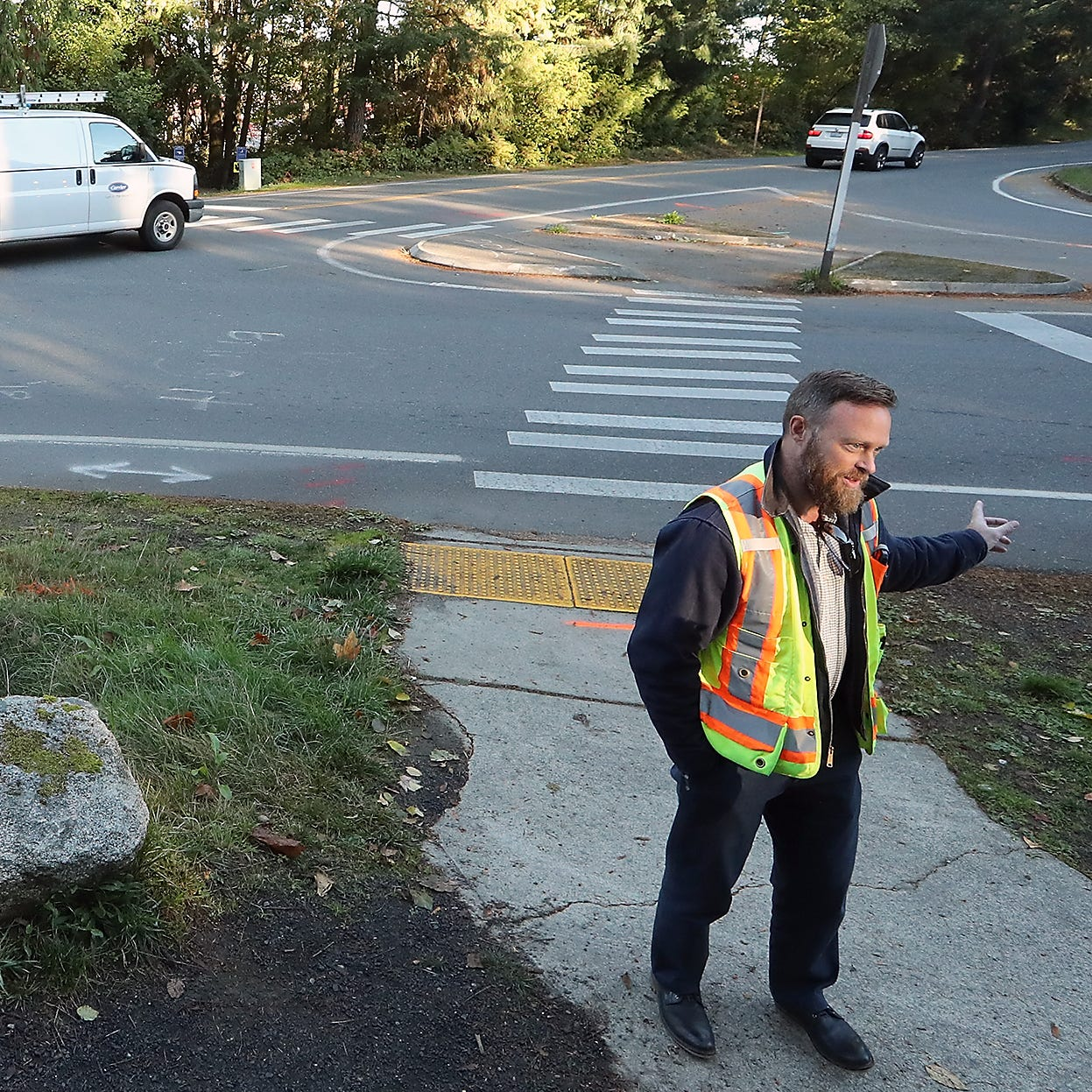 Bainbridge Island considers roundabout on Sportsman Club Road
