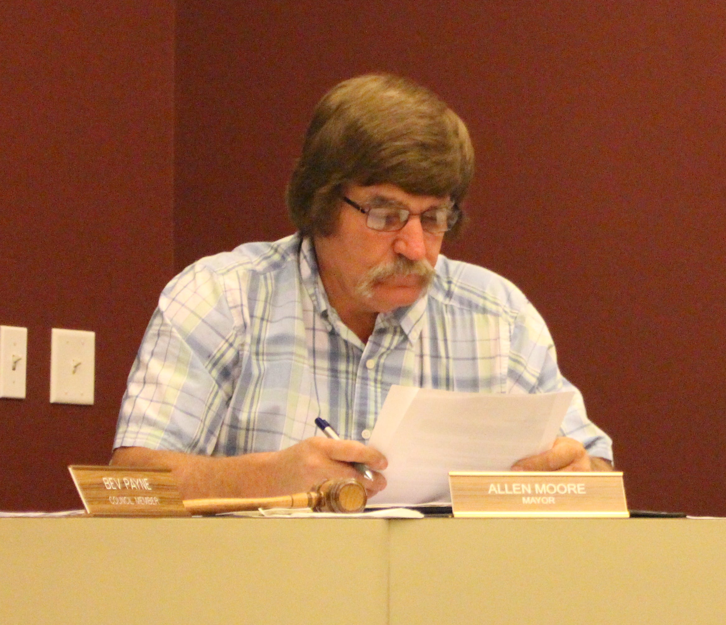 Crestline Mayor Allen Moore sits during a village council meeting Monday, Oct. 15, 2018. Moore said he'll resign later this week.