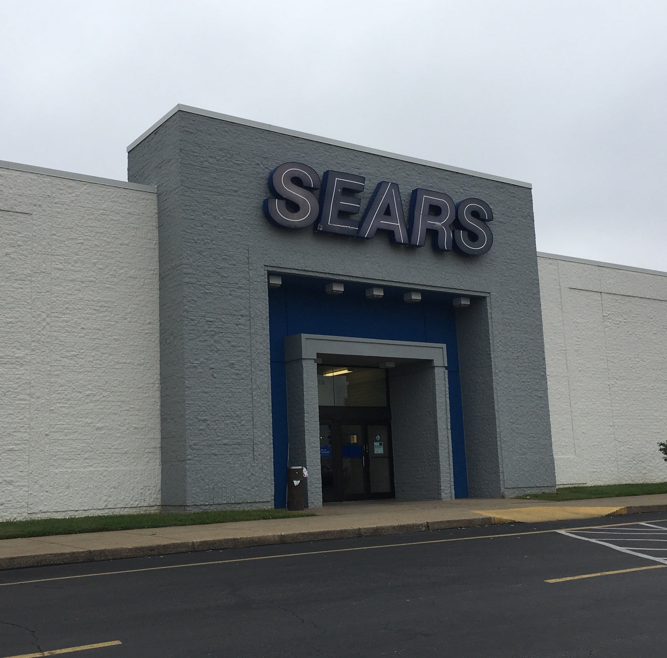 Clarksville's Governor's Square expects to rebound from Sears, Toys R Us closings