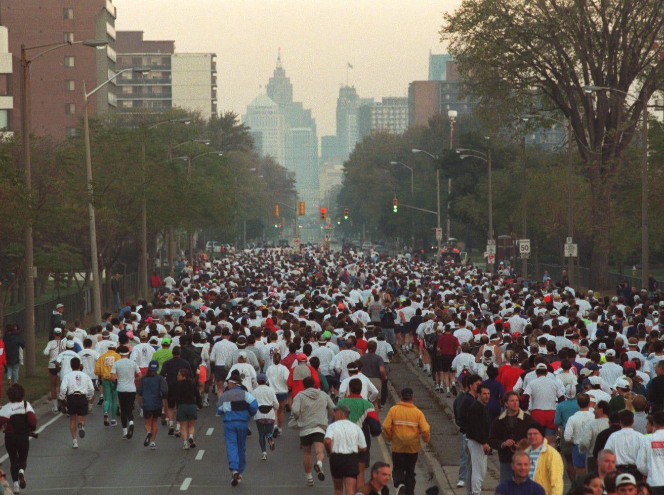 Start of the Free Press/Mazda marathon in Windsor, running towards Detroit in 1997.
