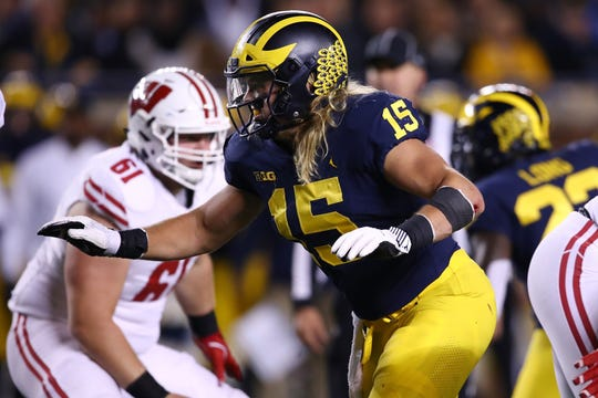 Michigan's Chase Winovich rushes against Wisconsin on Oct. 13, 2018 at Michigan Stadium in Ann Arbor.