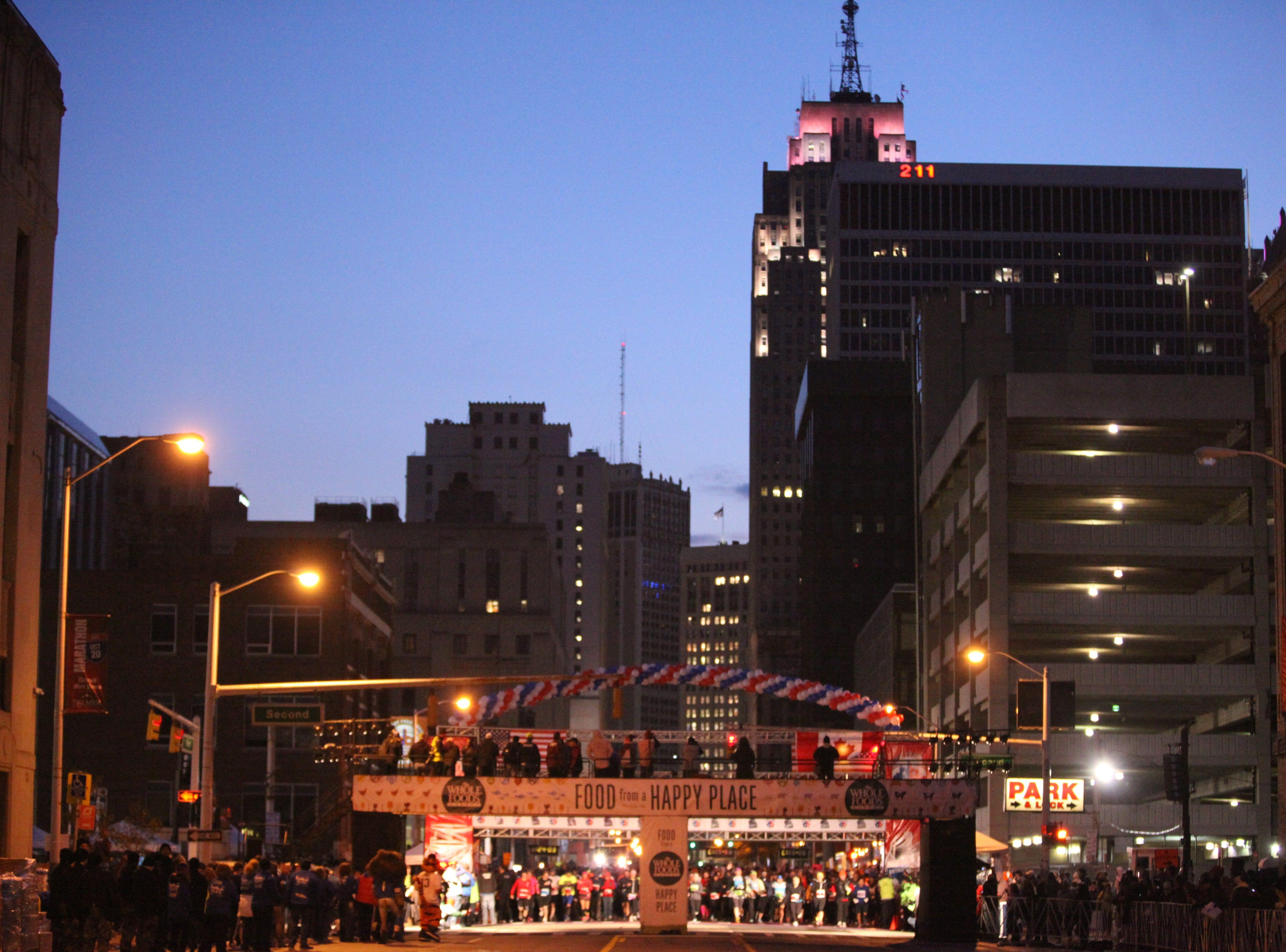 Start of the 36th Annual Detroit Free Press/Talmer Bank Marathon in Detroit Sunday, Oct. 20, 2013.