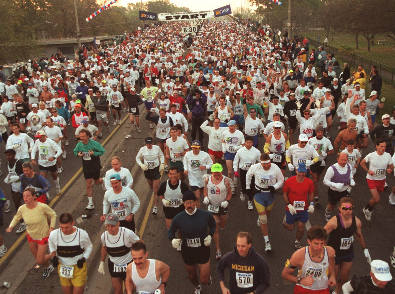 Start of the Free Press/Mazda marathon in Windsor in 1997.