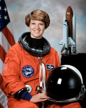 Eileen Collins, the first female to pilot and command a US spacecraft, will speak at UE Wednesday.
