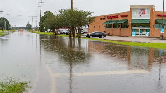 Flooding Youngsville Abbeville 10 16 18 1010