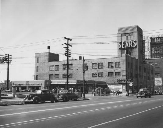 Sm1945 Sears Broadway Cr