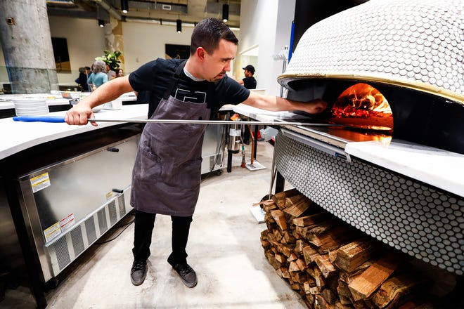 Elemento Neapolitan Pizza is closing its doors on Feb. 16, the company announced on Facebook.