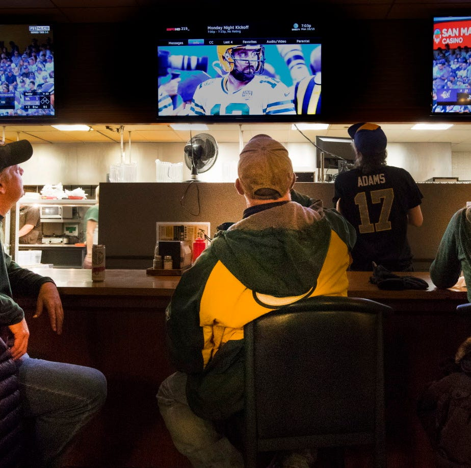 Nirvana for Wisconsin sports fans – Brewers and Packers play at same time