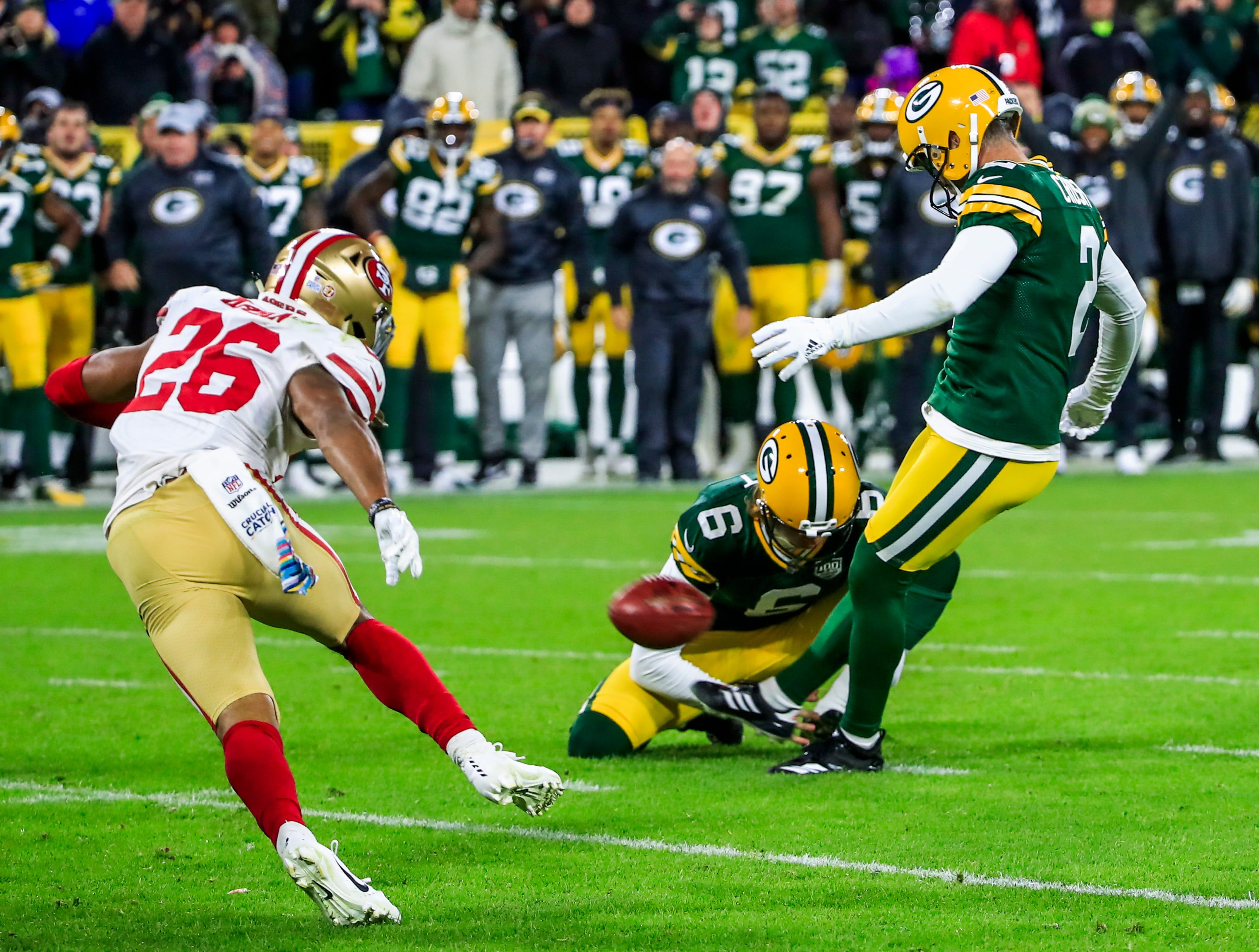 Green Bay Packers kicker Mason Crosby kicks the game-winning field goal at Lambeau Field, leading the Packers to a 33-30 win over the San Francisco 49ers Oct. 15, 2018.