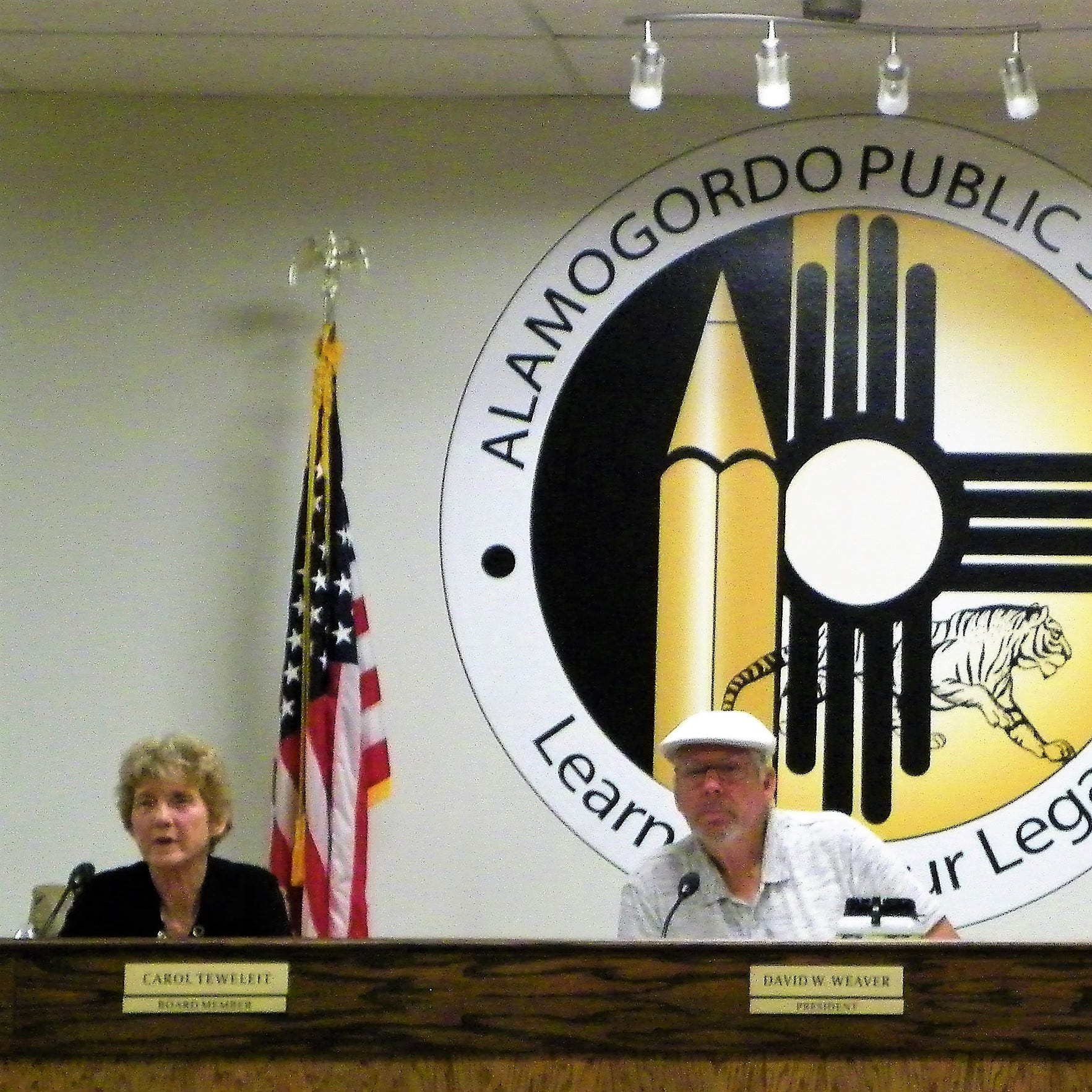 Alamogordo Public School's superintendent search to include consultant