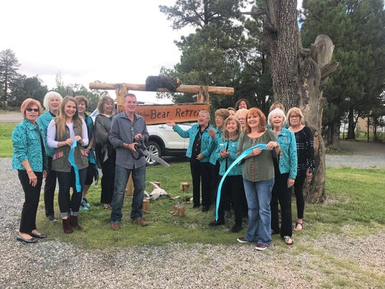 Valley Greeters and the Chamber of Commerce welcome Lenny Peck to the area wishes well on his new endeavours.