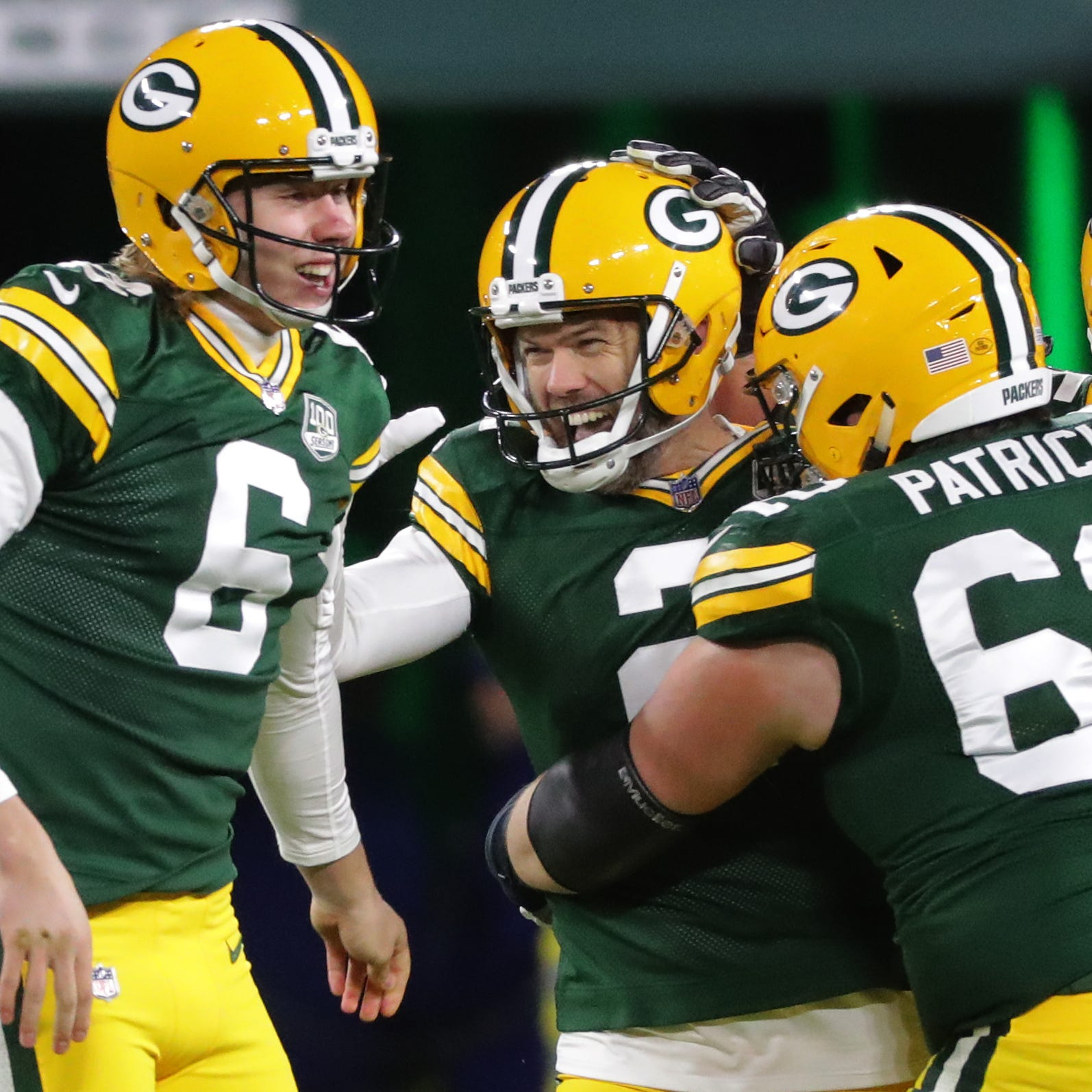 Packers notes: Mason Crosby finds redemption; Jimmy Graham shines in prime time