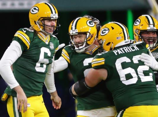 Packers16 7 Hoffman
