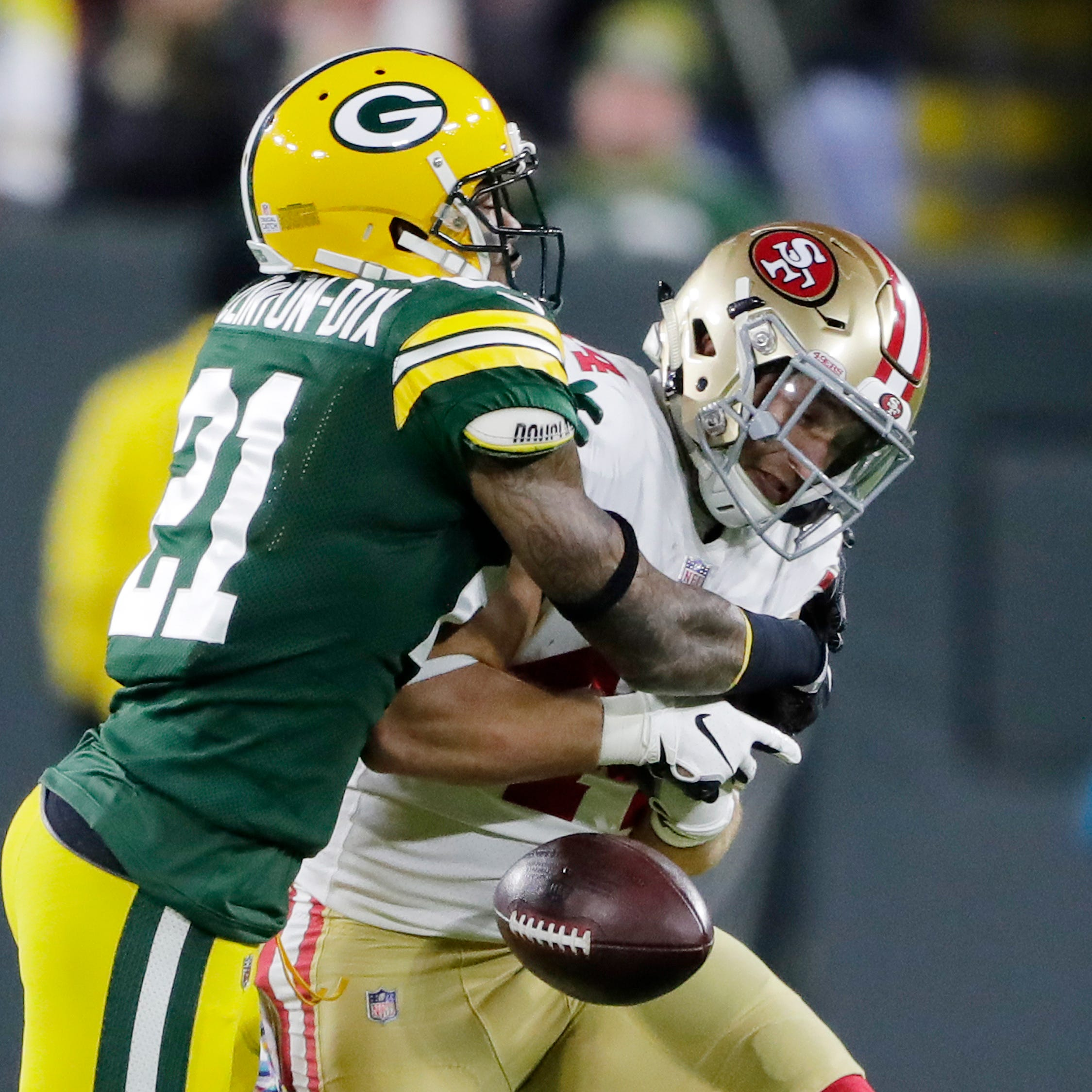 Green Bay Packers free safety Ha Ha Clinton-Dix (21) knocks the ball out of the arms of San Francisco 49ers running back Kyle Juszczyk (44) in the second quarter at Lambeau Field on Monday, October 15, 2018 in Green Bay, Wis.Adam Wesley/USA TODAY NETWORK-Wisconsin