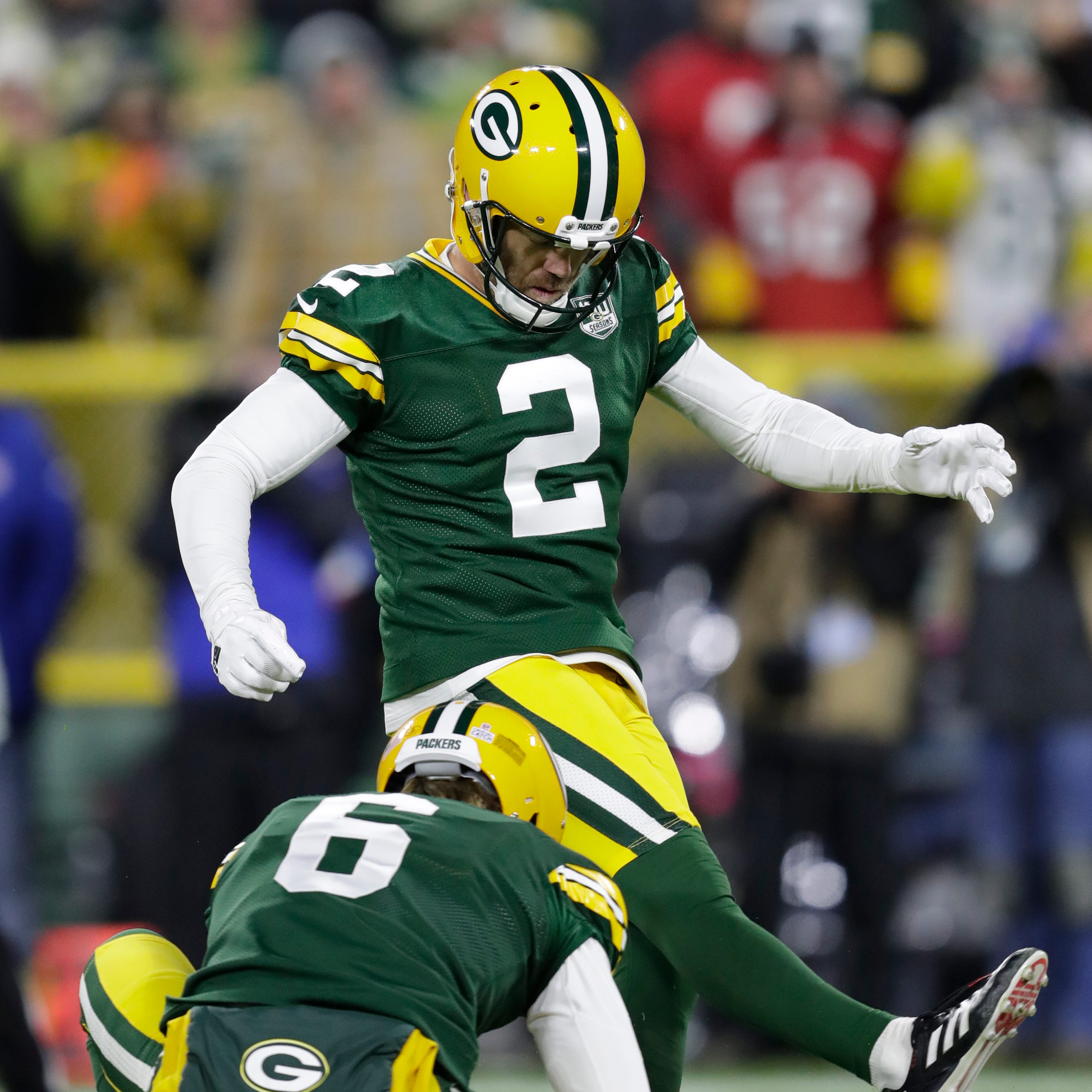 Packers Insider: Thumbs up to Mason Crosby, down to defense