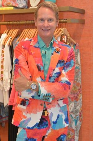 TV personality Carson Kressley wears Mr Turk.