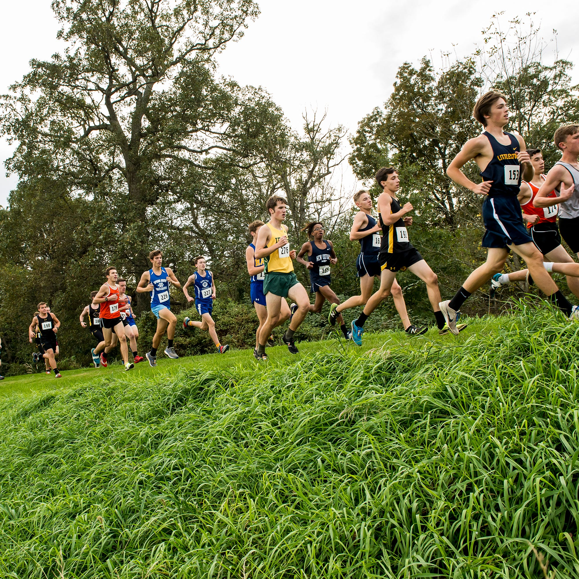 Emily Schuler, Andrew Hirneisen take crowns in YAIAA cross country