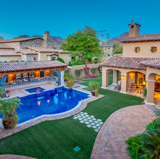 Former Arizona Cardinals player sells $2.2M Paradise Valley mansion