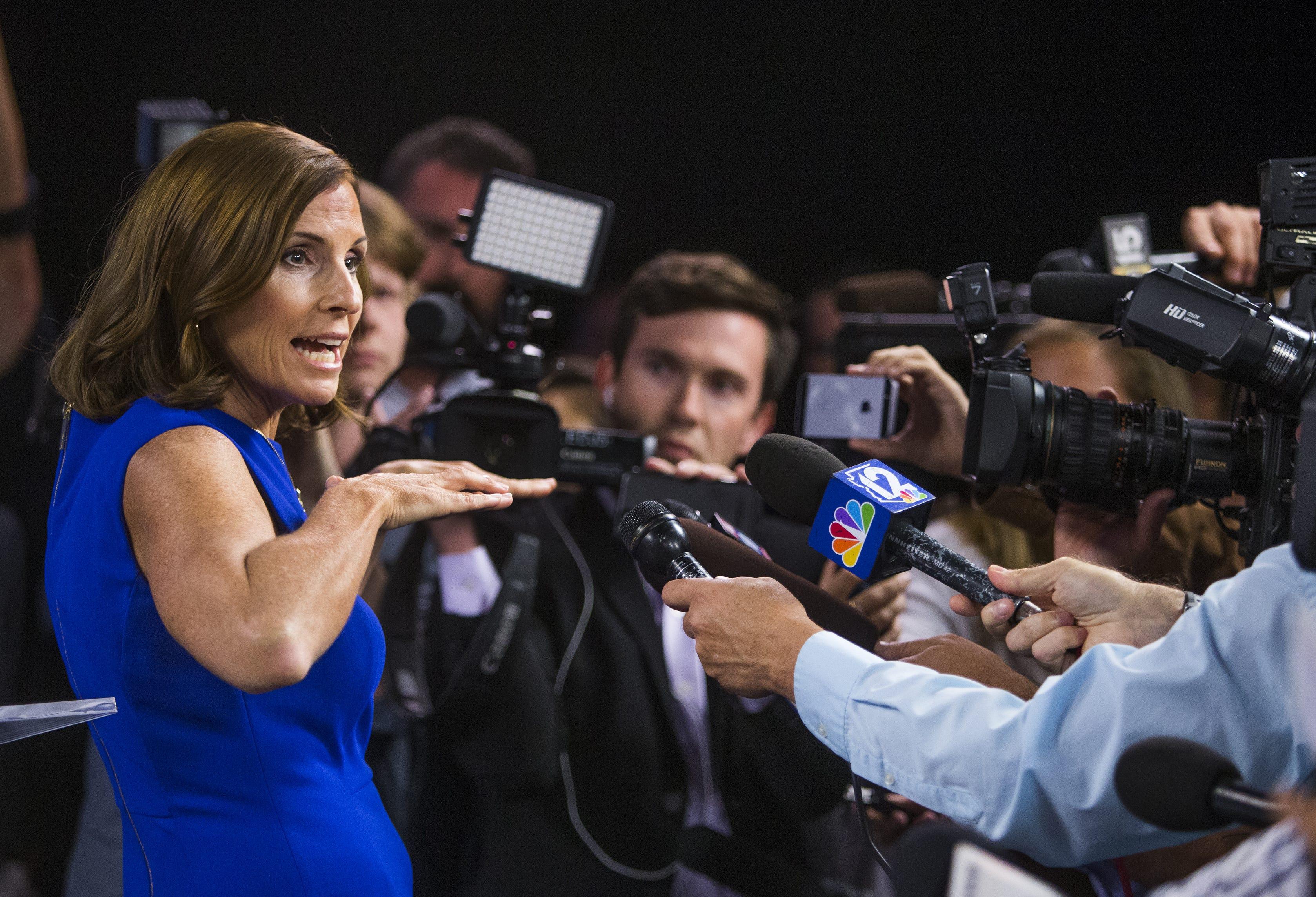 Kyrsten Sinema, Martha McSally square off over health care, immigration in Senate debate | Arizona Central