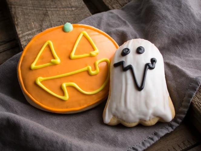 Halloween cookies at Kneaders Bakery & Café.