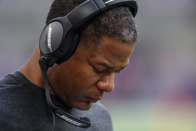 Steve Wilks and the Arizona Cardinals are 1-5 on the season. They are ranked among the worst in the NFL this week in NFL power rankings.