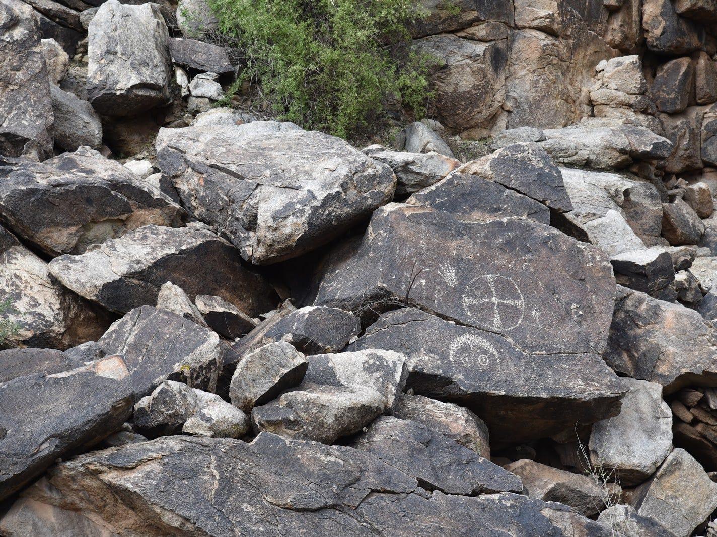 Hohokam petroglyphs are plentiful along the Kiwanis Trail.