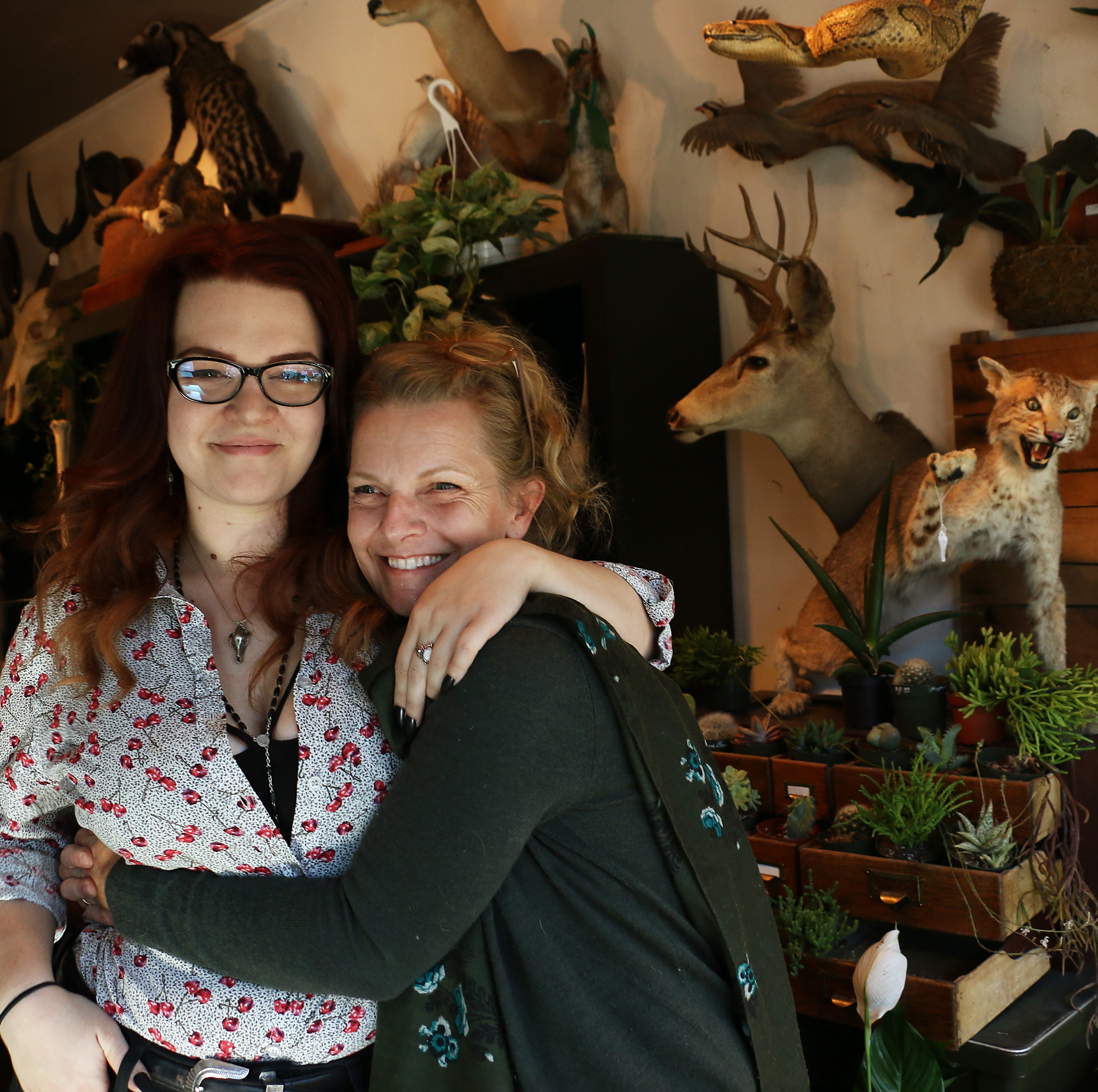 Carcass queens: Reno's mom-daughter taxidermy shop brings dead to life