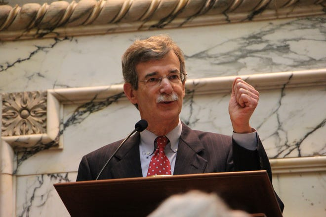 Maryland Attorney General Brian Frosh gives a speech after being sworn in as Maryland's 46th attorney general on Tuesday, Jan. 6, 2015, in Annapolis, Maryland. (Photo courtesy of Maryland Office of the Attorney General)