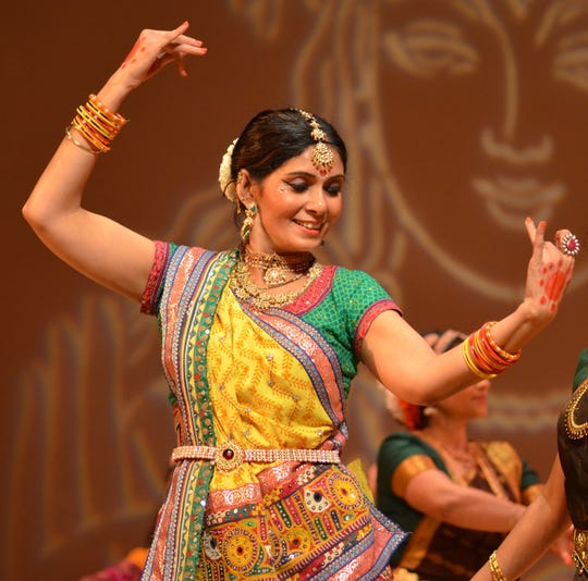 Nruthya Shakti Dance Academy will perform at the 2018 LSUS India Night fundraiser.