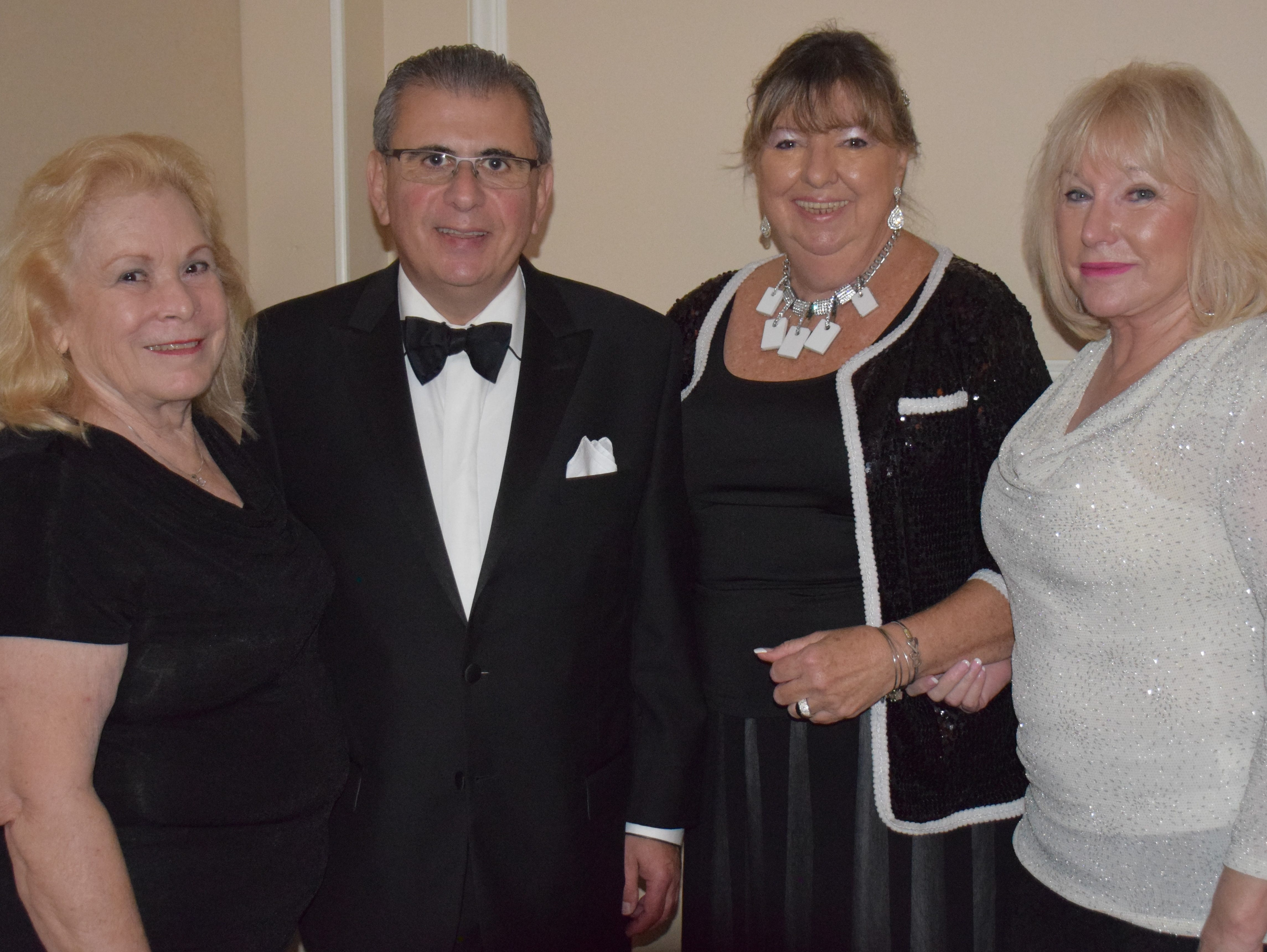 Sponsors Judy Landgrave, Sam Nerves, Pat Stelz and Connie Bishop