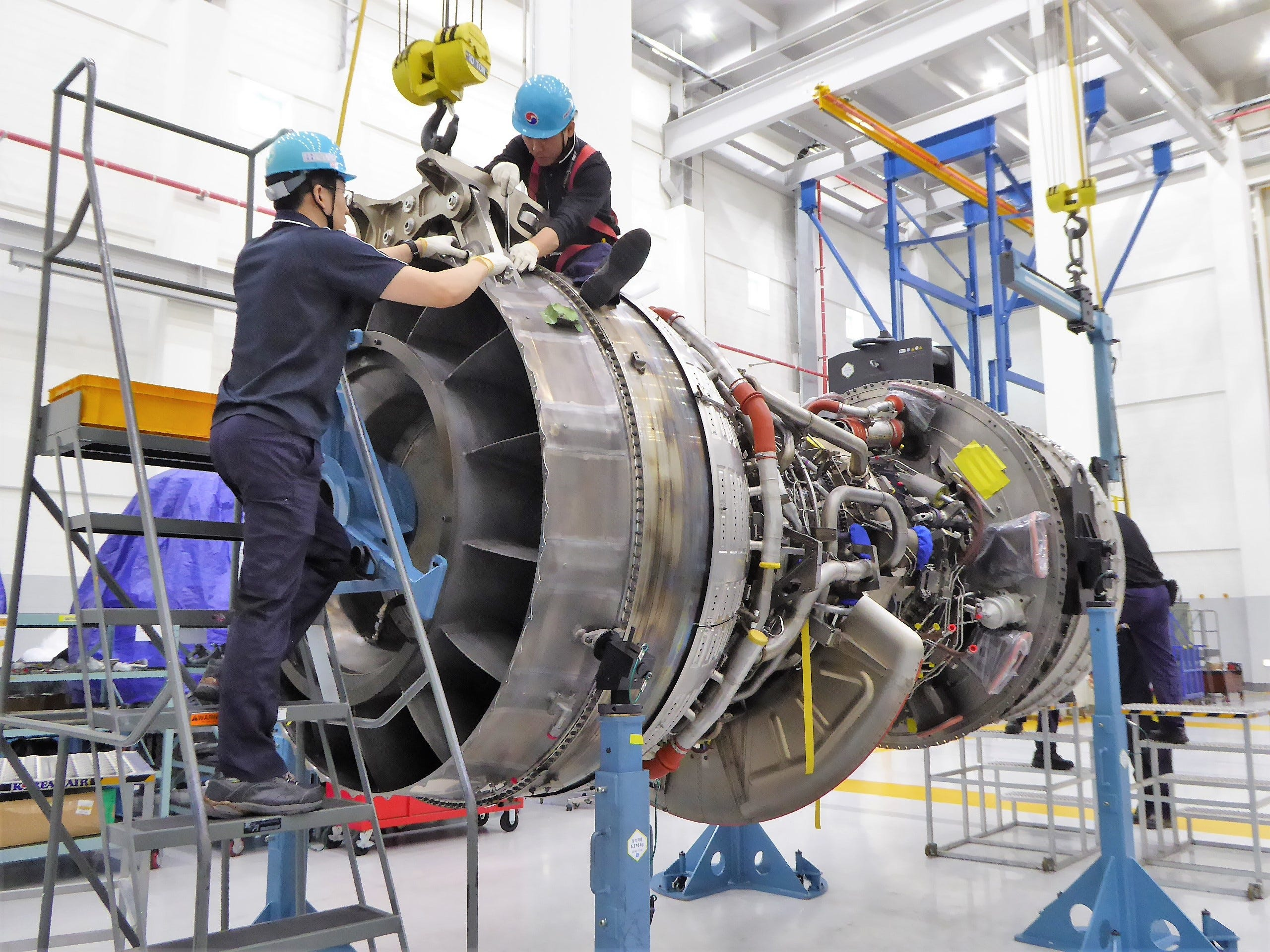 Behind the scenes: See a major airline's tech and engine-test facilities