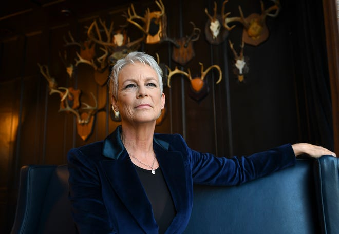 "Actress Jamie Lee Curtis, pictured in the Library Bar at the Roosevelt Hotel, is back to exact revenge on the masked Michael Myers in ""Halloween."" Critics are hailing the film as the best installment of the slasher franchise since the 1978 original. Photo by Robert Hanashiro"