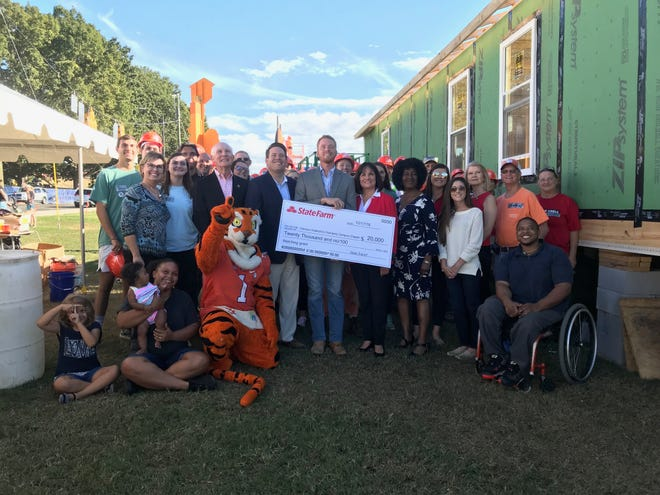 State Farm presents $20,000 matching grant to Clemson University Habitat for Humanity chapter.