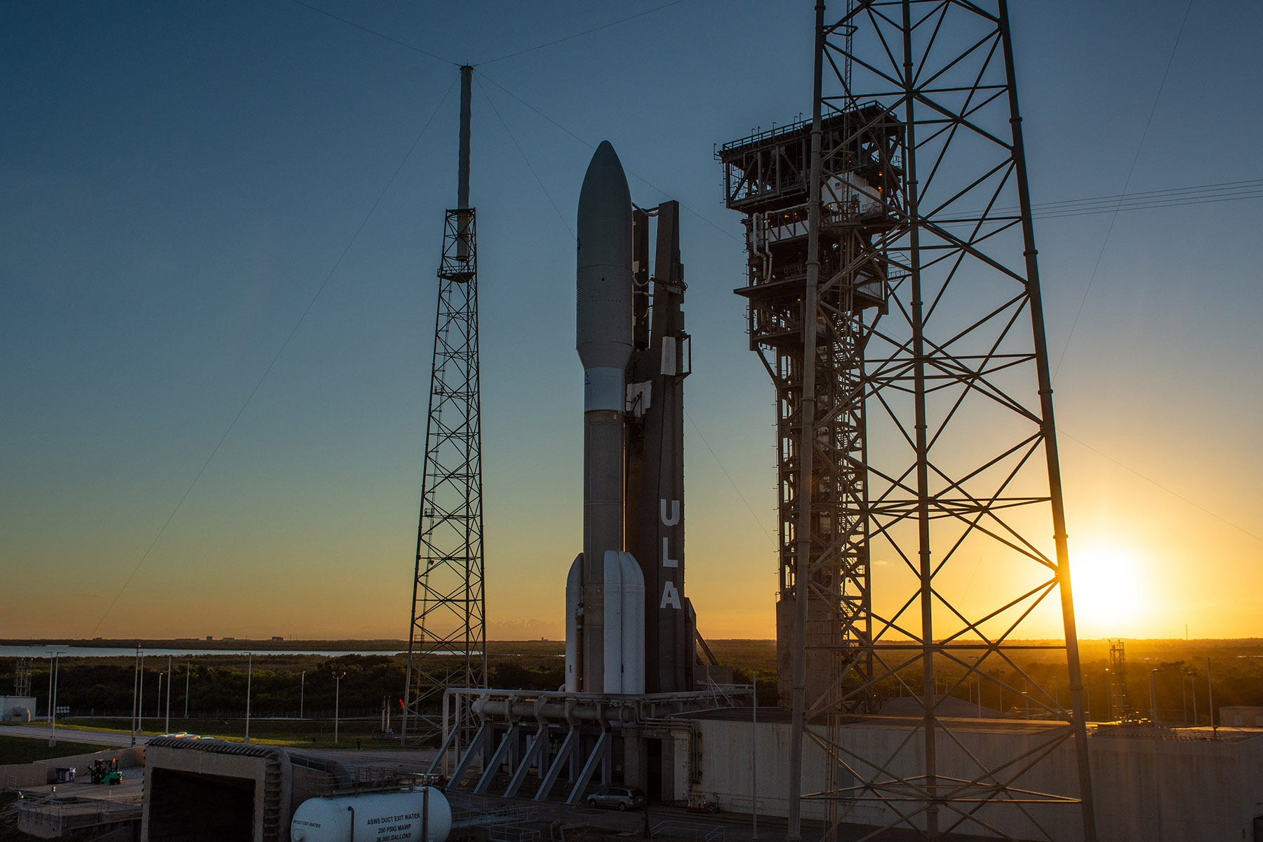 bd9f18b9-de52-41c0-824a-d7302c13523f-av_aehf4_s2 Watch ULA's powerful Atlas V launch a $1.8 billion Air Force satellite from Cape Canaveral
