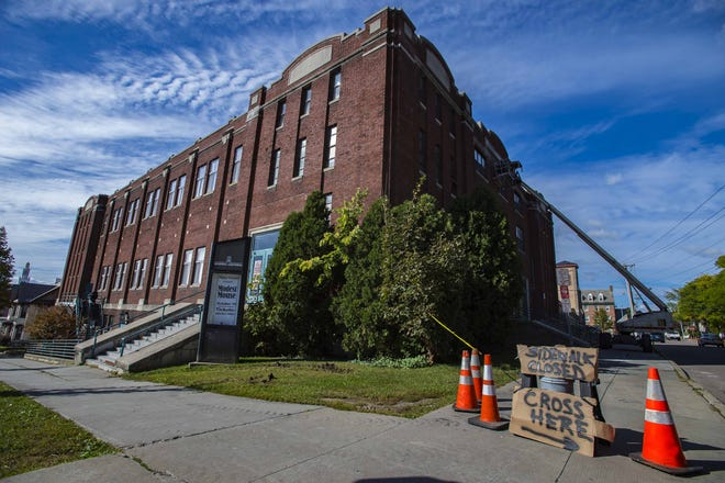 Memorial Auditorium in Burlington. is viewed from Main and South Union streets on Thursday, October 1, 2015.