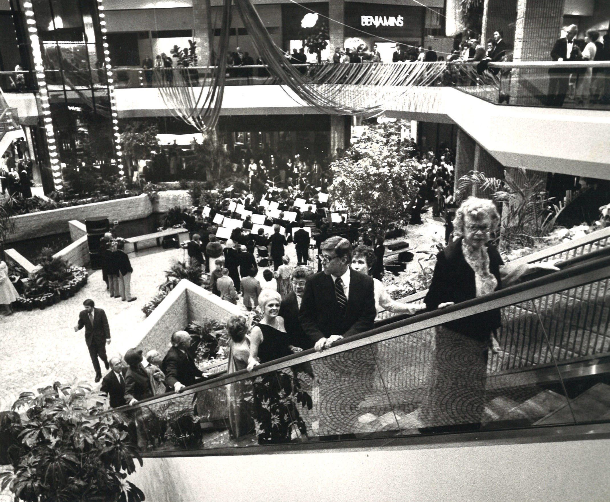 The Corpus Christi Symphony Guild hosted a sneak preview of Sunrise Mall on Feb. 2, 1981.