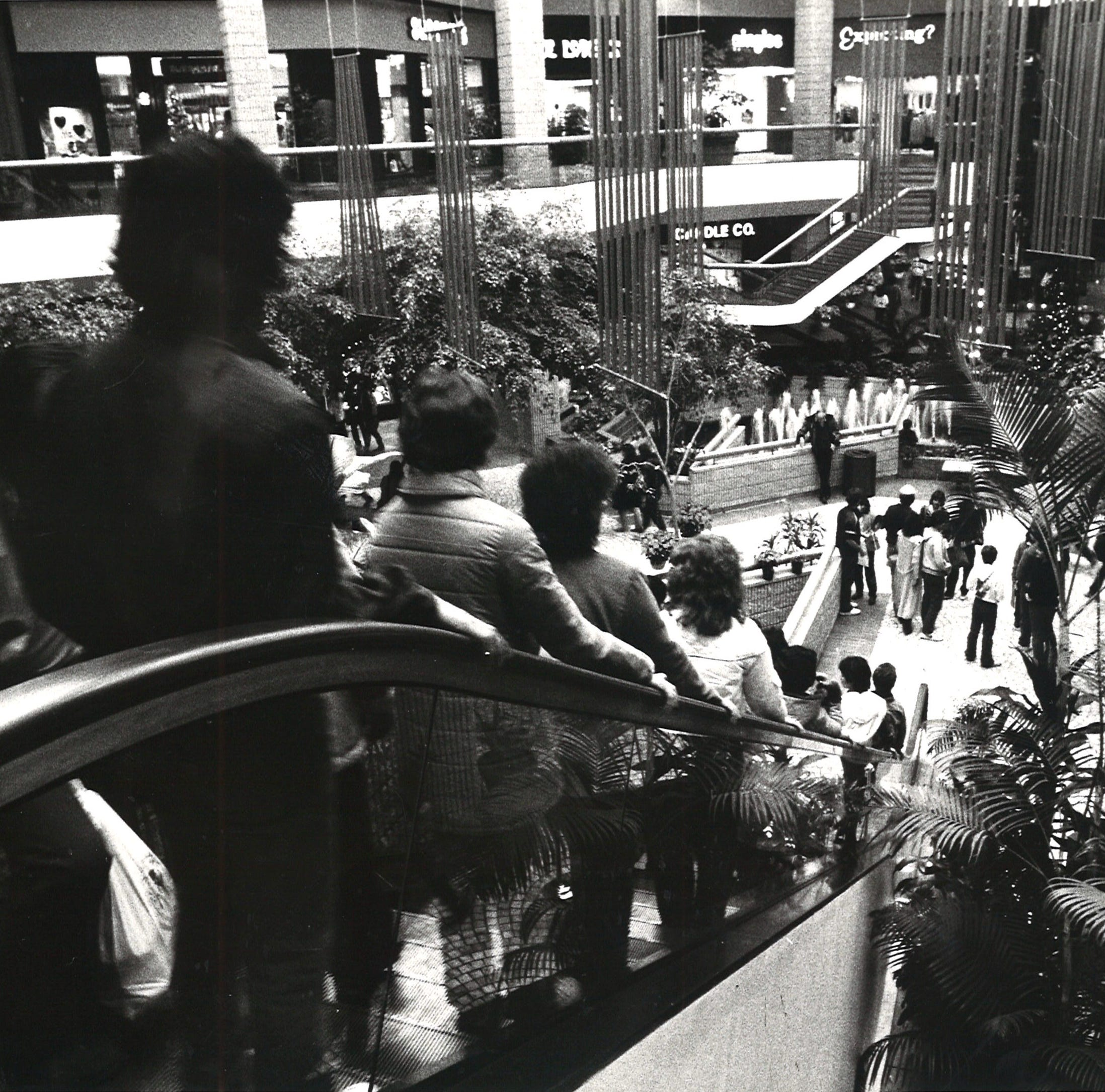 #TBT: Corpus Christi's Sunrise Mall was once a thriving shopping center
